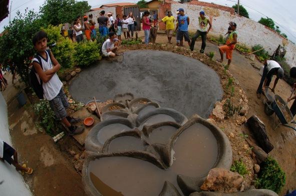 The making of flowforms in the school - Araçuai, Brazil